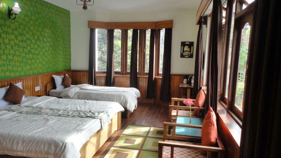 White Conch Residency, Gangtok Gangtok Super Deluxe Triple Room White Conch Residency Gangtok 3