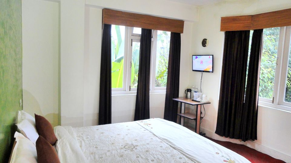 White Conch Residency, Gangtok Gangtok Super Deluxe Double Room White Conch Residency Gangtok 7