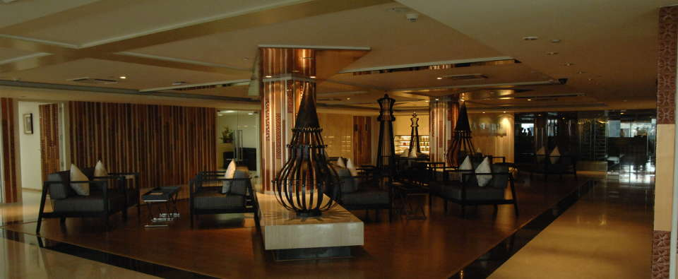 Lobby at Davanam Sarovar Portico Bangalore, Best Hotels in Bangalore 4