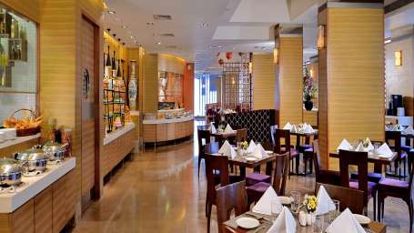Coffee Shop Radisson Mumbai Goregaon