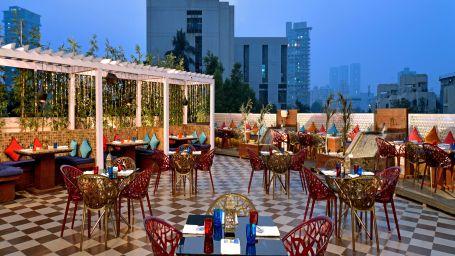 Open Restaurant Radisson Mumbai Goregaon 2