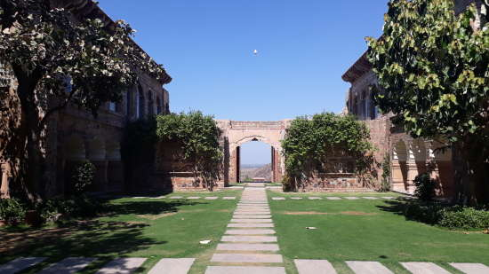 Facade_ Tijara Fort-Palace - 19th Century Alwar. Palace Hotel In Rajasthan 4