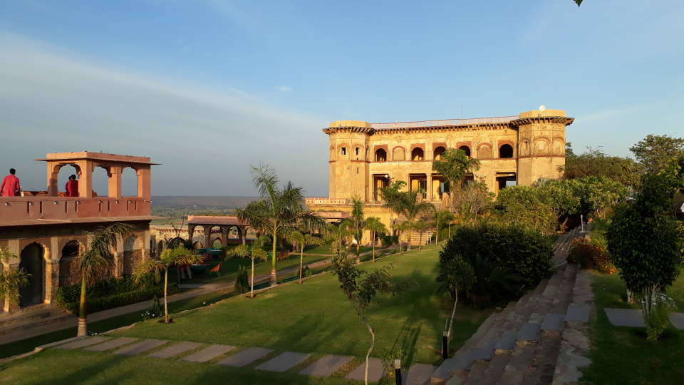 Facade_ Tijara Fort-Palace - 19th Century Alwar. Palace Hotel In Rajasthan 7