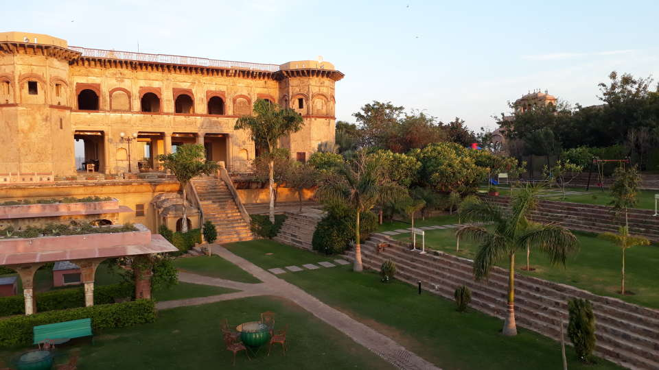 Facade_ Tijara Fort-Palace - 19th Century Alwar. Palace Hotel In Rajasthan 8