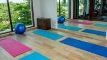 Yoga Room Hotel Kanha Shyam Prayagraj