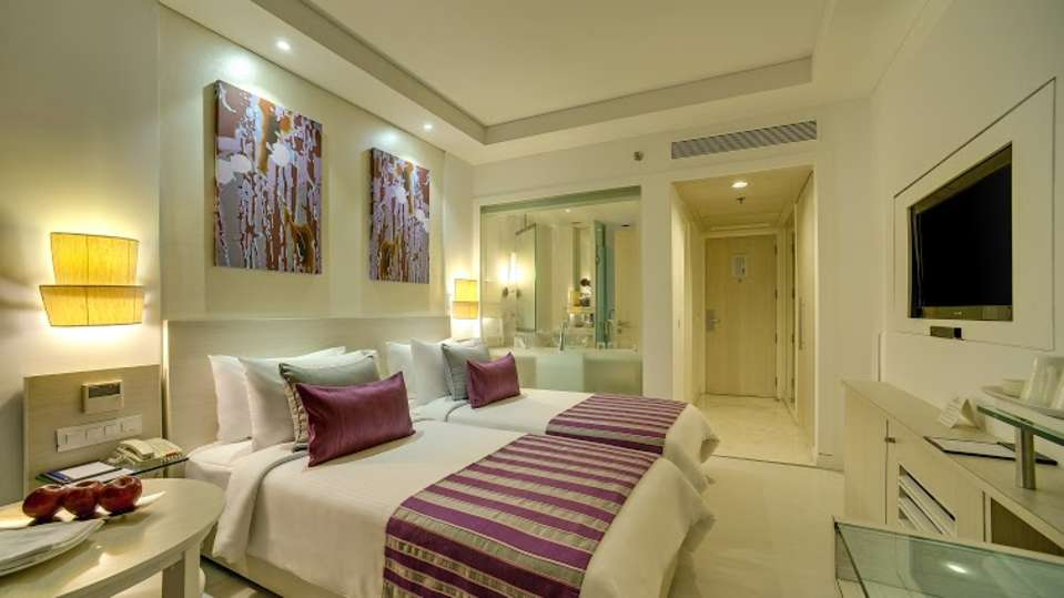 Superior Rooms Ashtan Sarovar Portico New Delhi 3