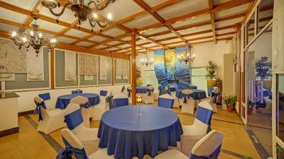Restaurants At The Ashtan Sarovar Portico, Hotels in South Delhi, Business Hotel In Green Park 12