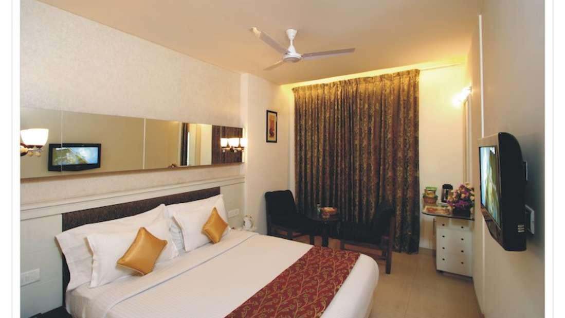 Super Deluxe Hotel Southern Regency Karol Bagh Delhi Paharganj Hotels 3