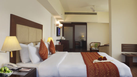 Suite at Legend Sarovar Portico, Baddi 2