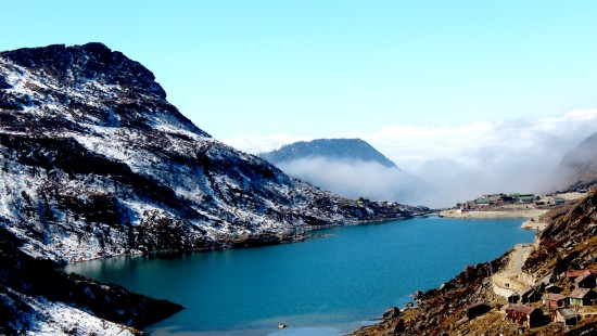 Deep blue lake i.e changu lake