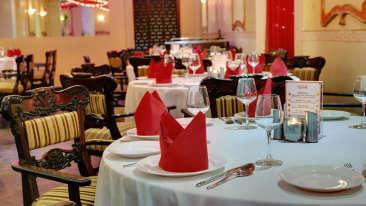 The Society Restaurant in Mumbai, The Ambassador Hotel Mumbai - Restaurants in Marine Drive Mumbai