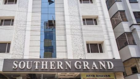 Facade Hotel Southern Grand Vijyawada, Hotels In Vijayawada