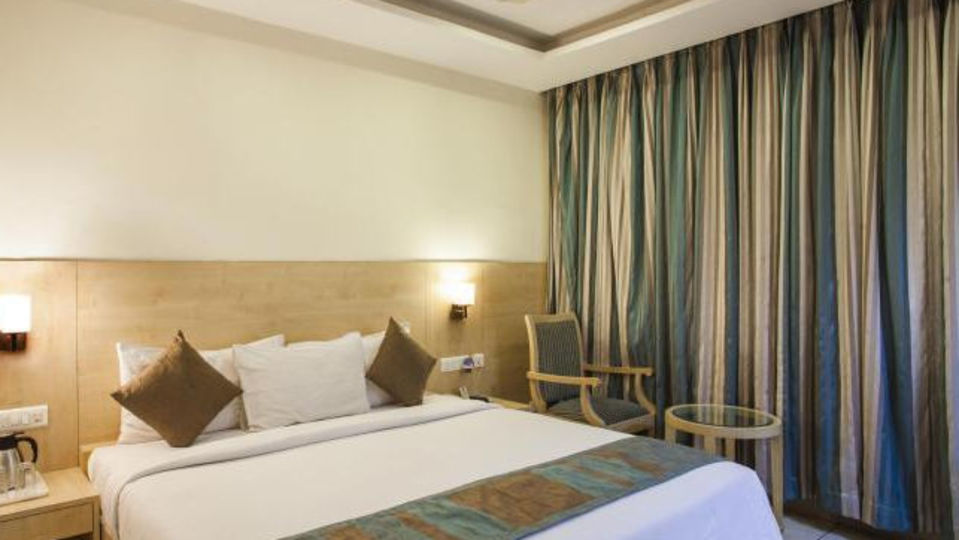 Deluxe Rooms_Hotel Southern Grand Vijayawada_Rooms In Gandhi Nagar, Vijayawada 2