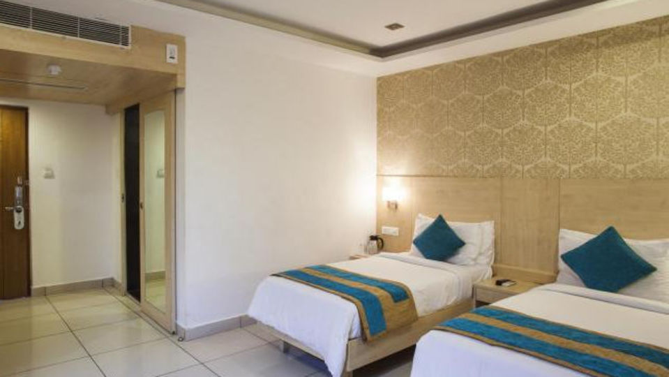 Executive Deluxe Rooms_Hotel Southern Grand Vijayawada_Stay In Vijayawada 1