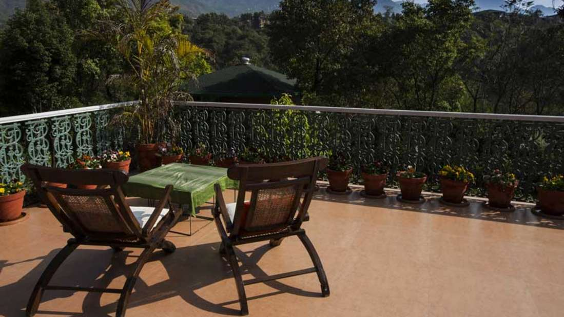 outdoors Shaheen Bagh Resort Dehradun4