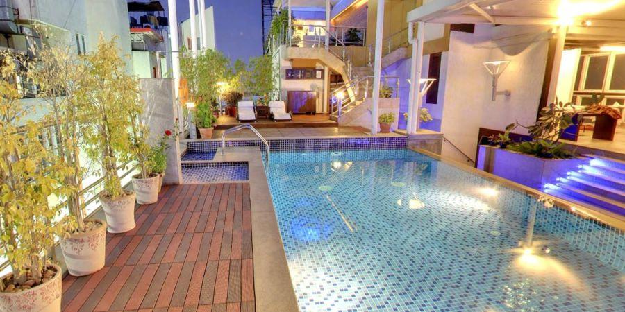 alt-text Iris Hotel Bangalore Infinity Swimming Pool at Iris Hotel on Brigade Road Bangalore 2