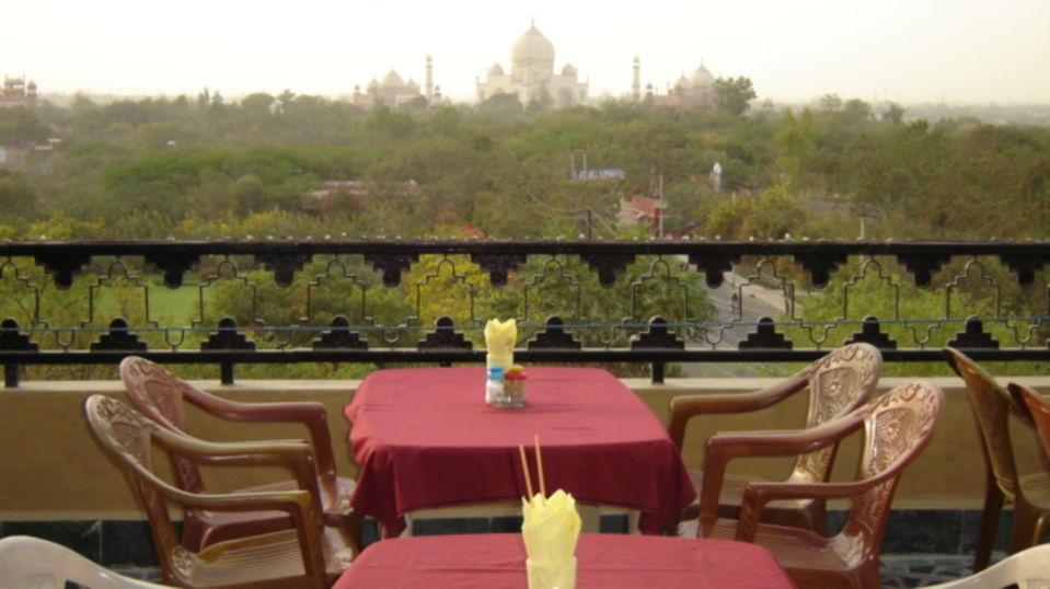 Hotel Taj Plaza Agra Rooftop Cafe Hotel Taj Plaza Agra 13