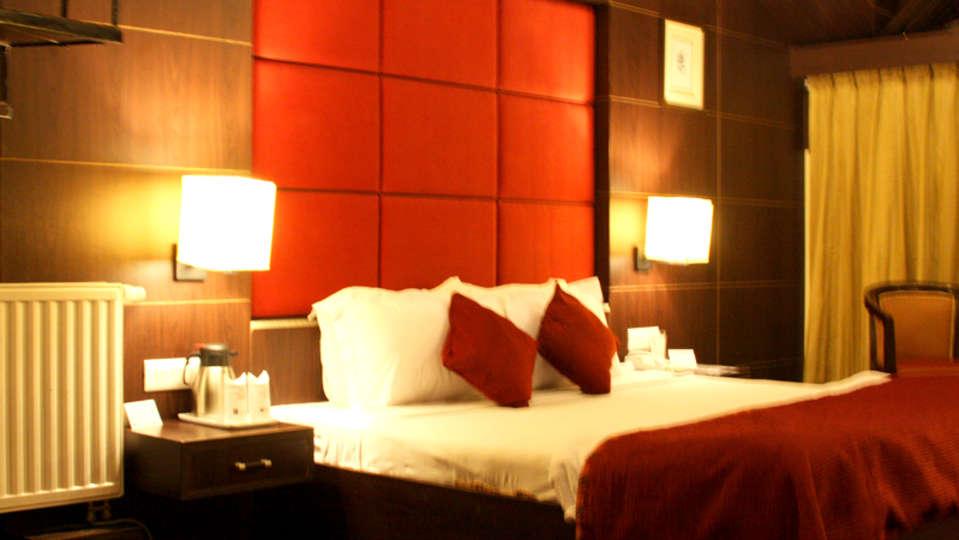 Quality Inn & Suites River Country Resort  Manali Super Sparrow Quality Inn Suites River Country Resort Manali 4