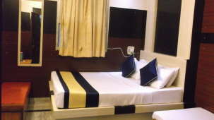 Hotel Abhineet Palace, Jaipur Jaipur Deluxe Double AC Room Hotel Abhineet Palace Jaipur 3