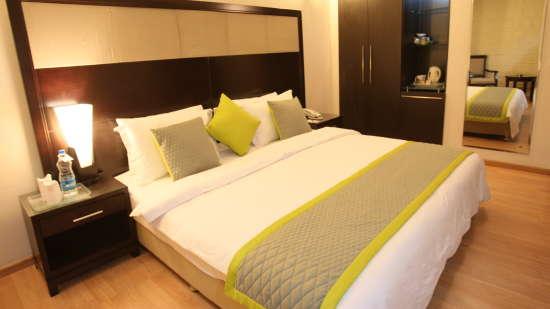Emblem Hotel, New Friends Colony, New Delhi Delhi Executive Room 3 Emblem Hotel New Friends Colony New Delhi