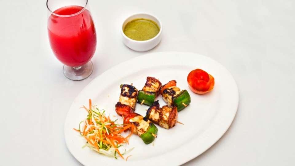 Vrindavan Restaurant Nidhivan Sarovar Portico Restaurant In Vrindavan 1