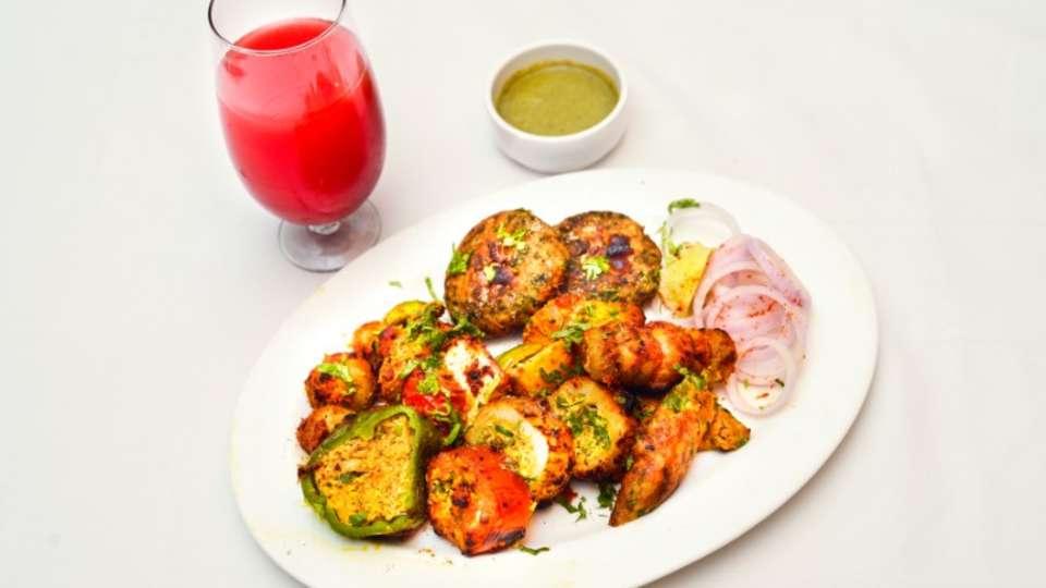 Vrindavan Restaurant Nidhivan Sarovar Portico Restaurant In Vrindavan 5
