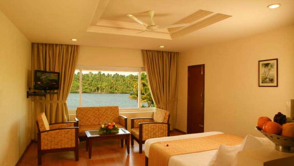 Blue Waters Suite Room