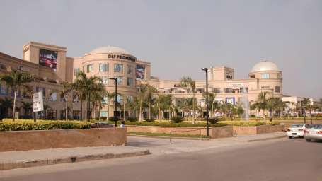 Le ROI Hotels & Resorts  DLF Promenade Mall Delhi