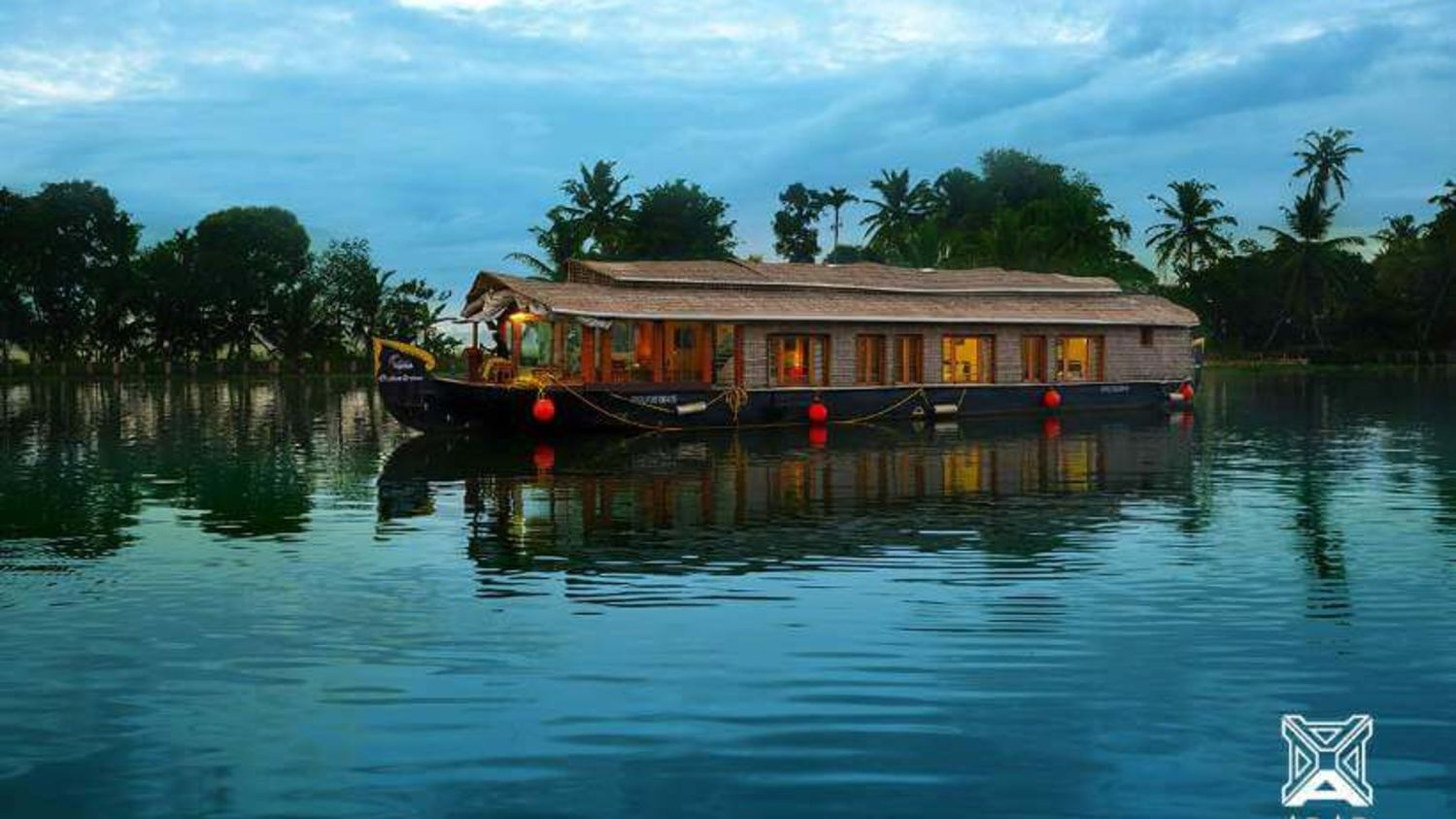 1, Houseboats in Alleppey, luxury houseboats in Alleppey, premium houseboats in Alleppey, backwater cruise in Kerala, luxury houseboats in Kumarakom, houseboat cruise in Kumarakom, best houseboats in Kerala
