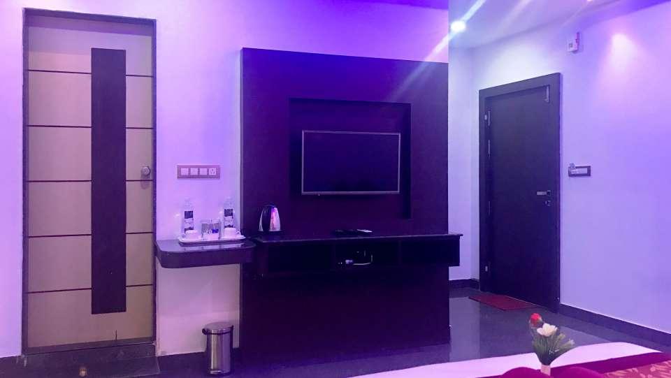 Deluxe Room Interior 4