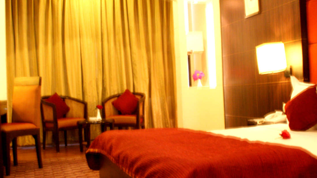 Quality Inn & Suites River Country Resort  Manali Super Deluxe Room Quality Inn Suites River Country Resort Manali 1