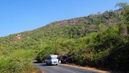 Bus Nirwana Hometel Jaipur