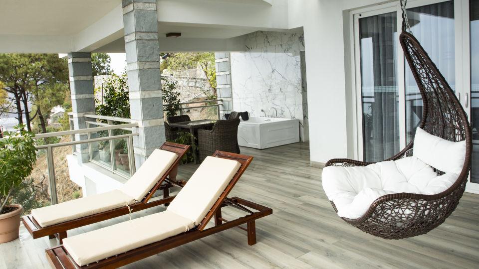 Royal Suite Moksha Himalaya Spa Resort Parwanoo 9