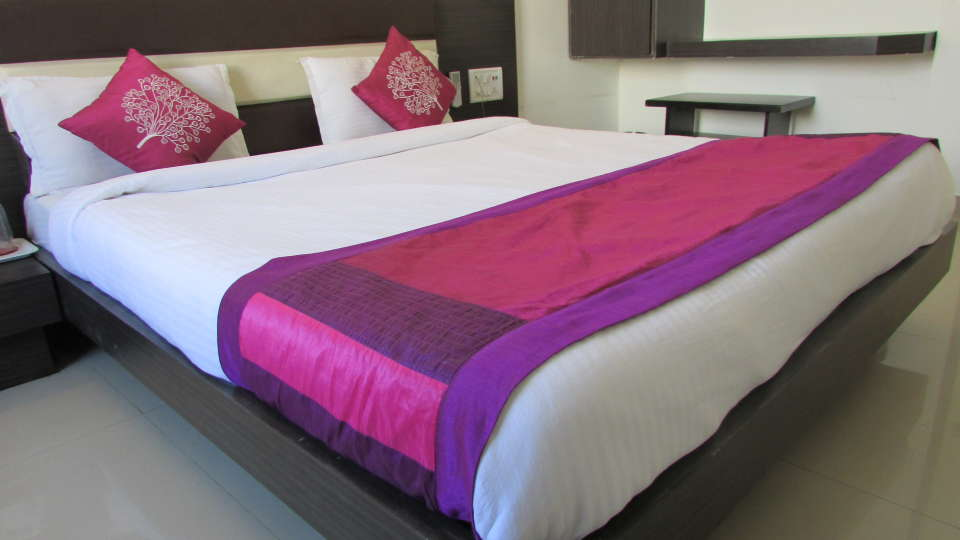 Hotel Skyland, Ahmedabad Ahmedabad Deluxe Room 3