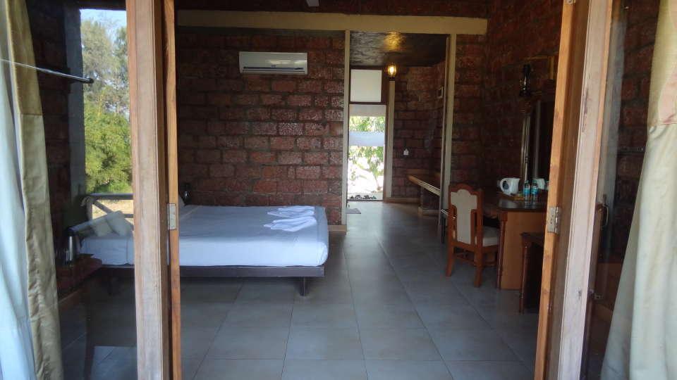Lotus Beach Resort, Murud Beach, Ratnagiri Ratnagiri Super Deluxe Room 1 Lotus Beach Resort Murud Beach Ratnagiri