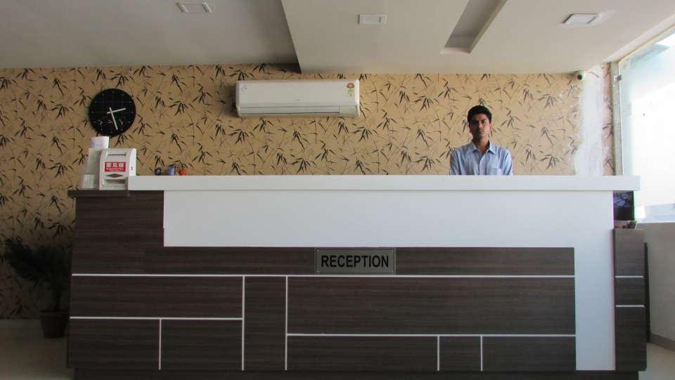 Hotel Skyland, Ahmedabad Ahmedabad Reception 3