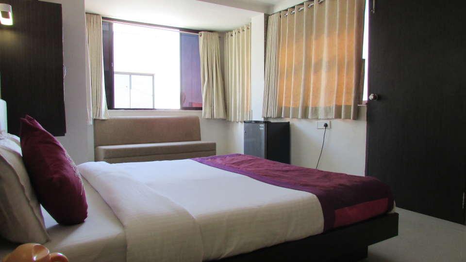 Hotel Skyland, Ahmedabad Ahmedabad Suite 8