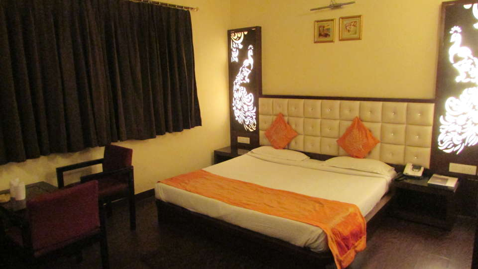 Hotel Square 9 Inn, Gurgaon  Super Deluxe rooms - hotel square 9 inn