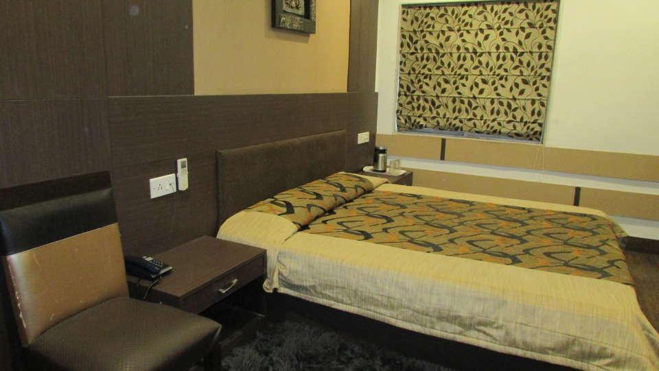 Hotel Swagath, Hazra Road, Kolkata Kolkata Executive AC Room Hotel Swagath Kolkata 2