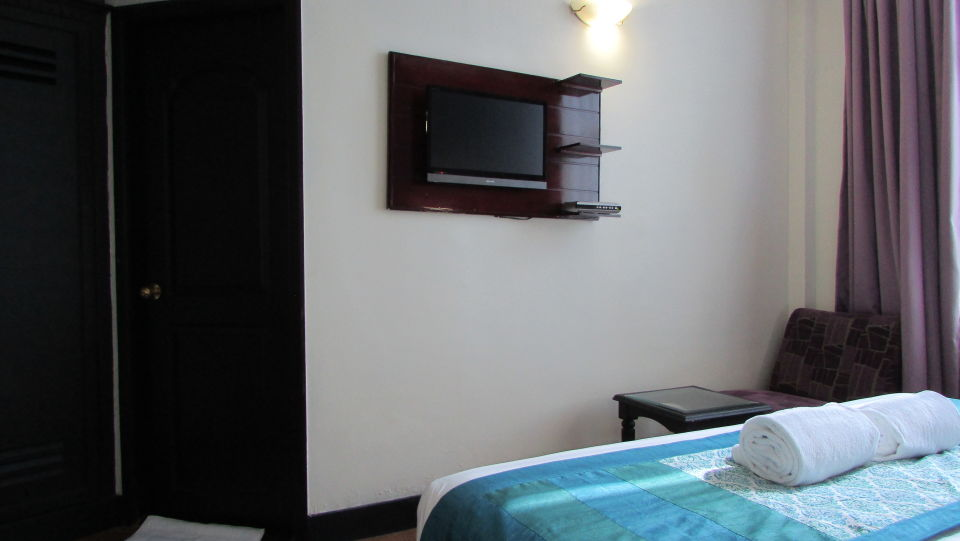 Harbour View Residency Cochin Standard Room Hotel Harbour View Residency Cochin 3