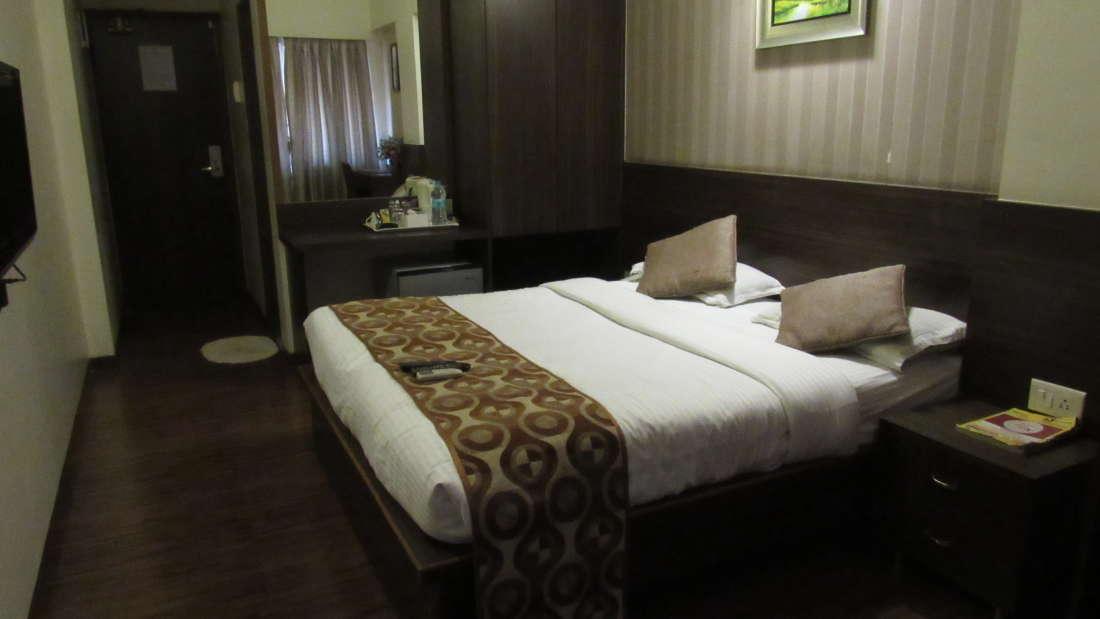 Hotel Maharana Inn Chembur Hotel in Mumbai Executive Rooms 5