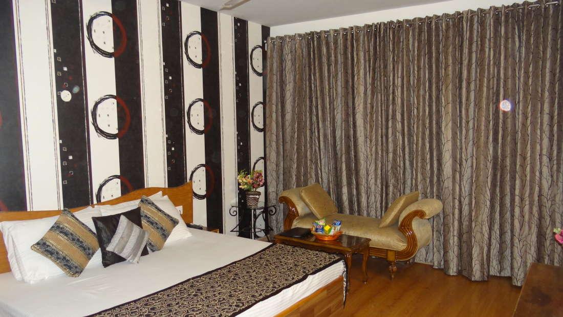 Hotel Natraj, Manali Manali DSC02257