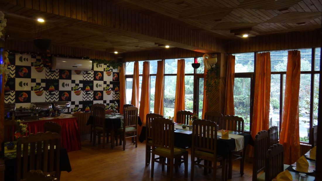 Hotel Natraj, Manali Manali Restaurant Hotel Nataraj Manali 4
