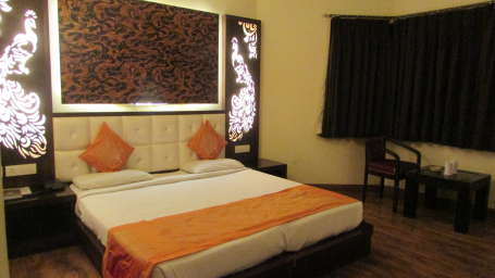 Hotel Square 9 Inn, Gurgaon  Super Deluxe rooms - hotel square 9 inn 5