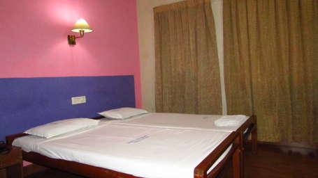 Hotel Srinivas, Kochi Cochin Single Non AC Room Hotel Srinivas Kochi
