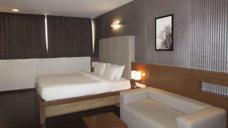 Hotel Vinaya Royal Inn, Hosur, Bangalore Bangalore Deluxe Rooms Hotel Vinaya Royal Inn Hosur Bangalore