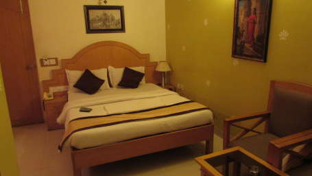 Terminus The Residency Bangalore Standard Room 1