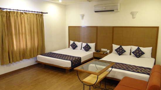 Hotel Ratnawali, Jaipur Jaipur Family Room 4 bedded Ratnawali Hotel Jaipur