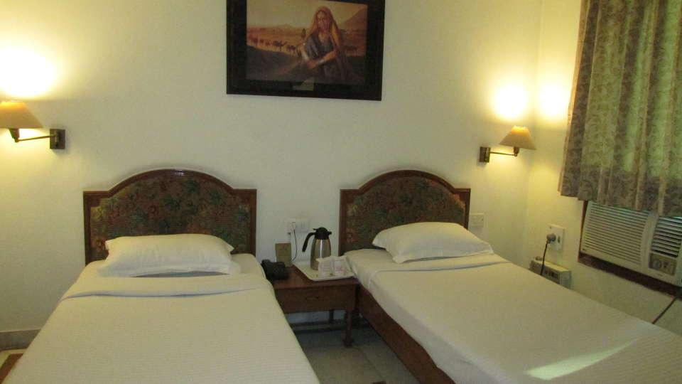 Hotel  Diana Palace, Jaipur Jaipur Executive Room Hotel Diana Palace Jaipur 4