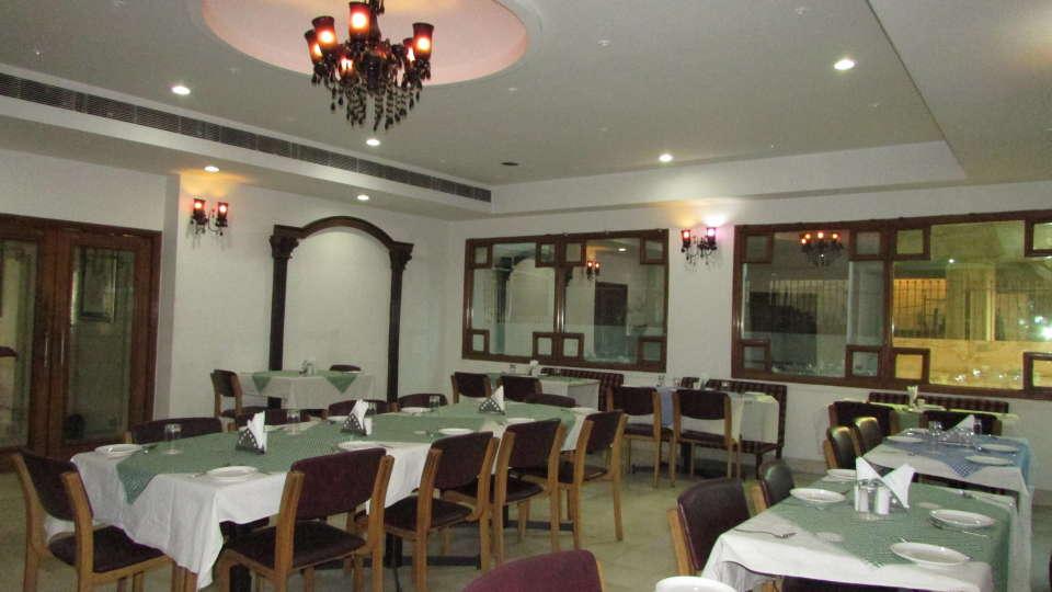 Hotel  Diana Palace, Jaipur Jaipur Jharokha Restaurant Hotel Diana Palace Jaipur 2